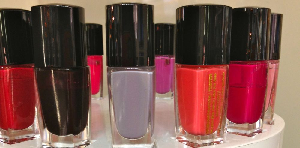 Lancome Vernis in love colour palette