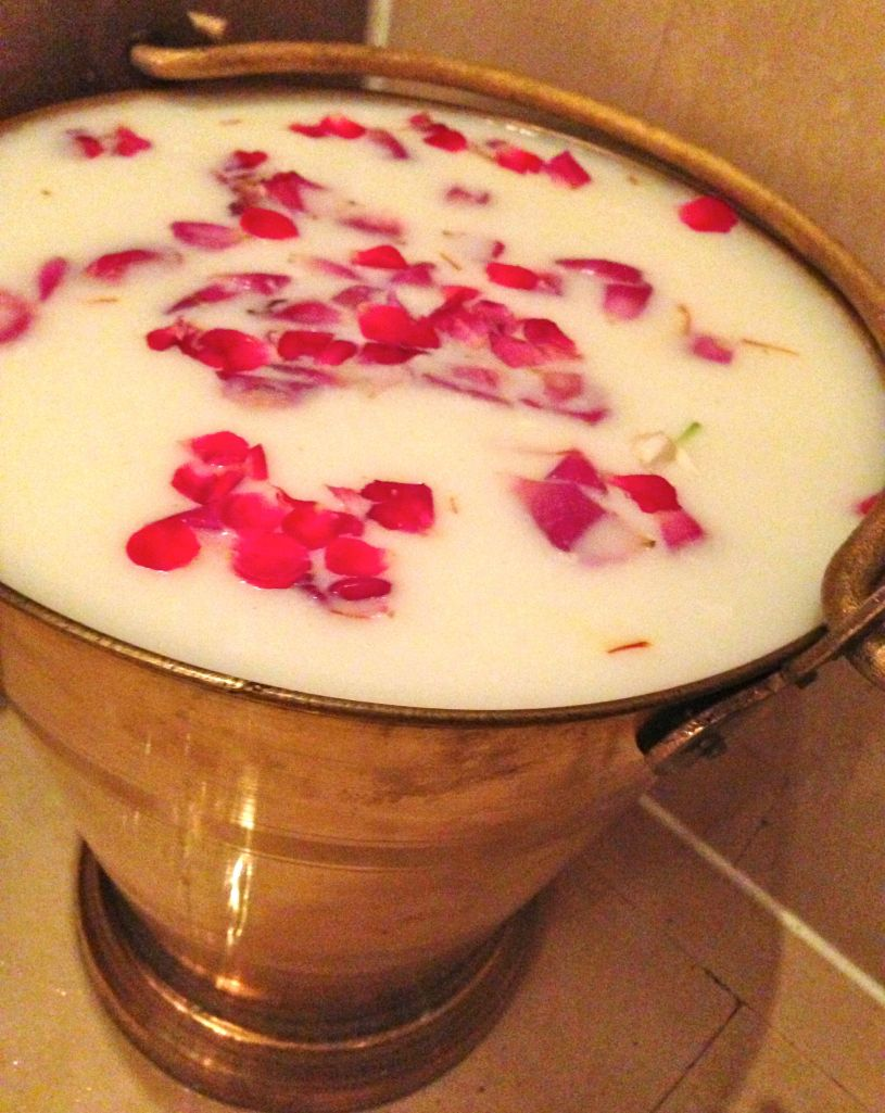 rose milk bath