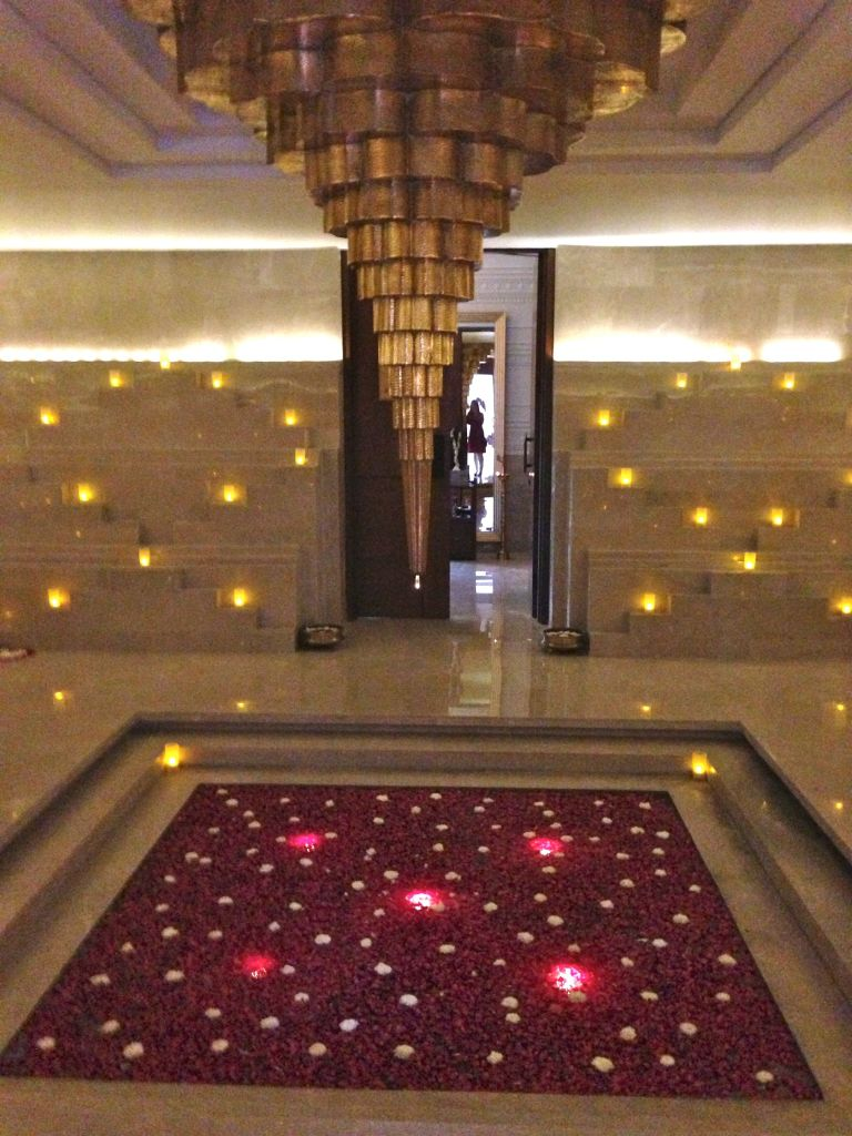 spa entrance baoli design