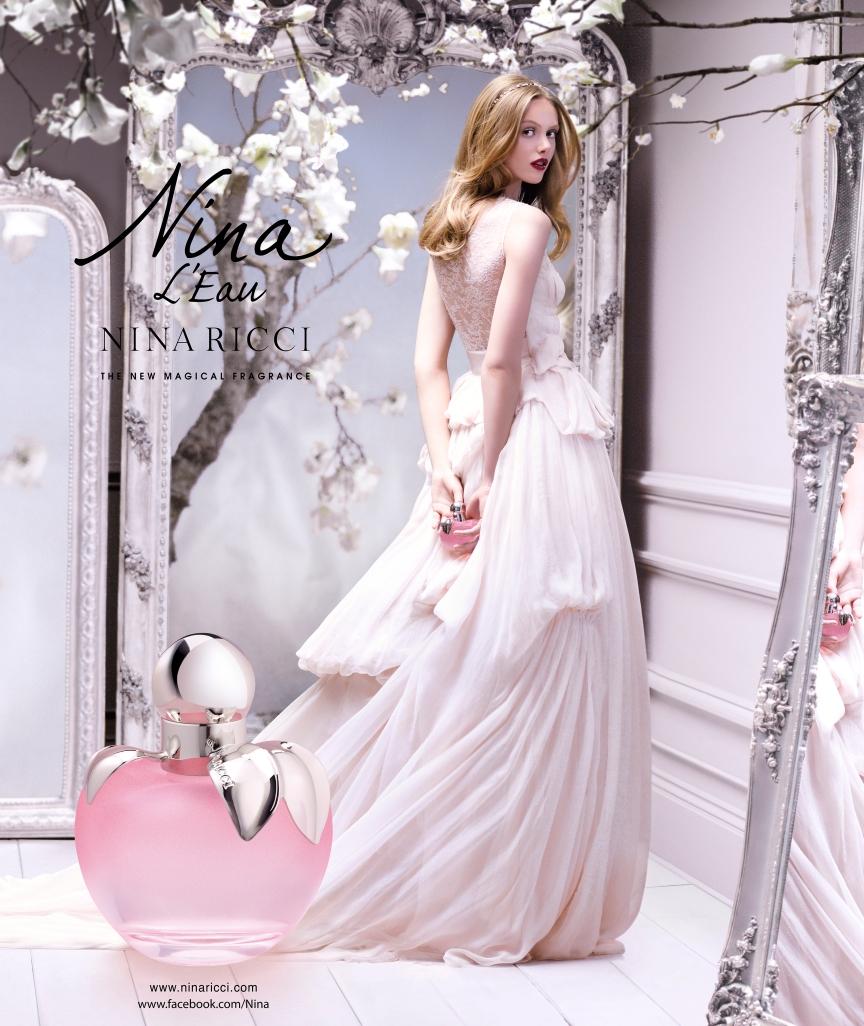 Nina Model & Pack shot (1)