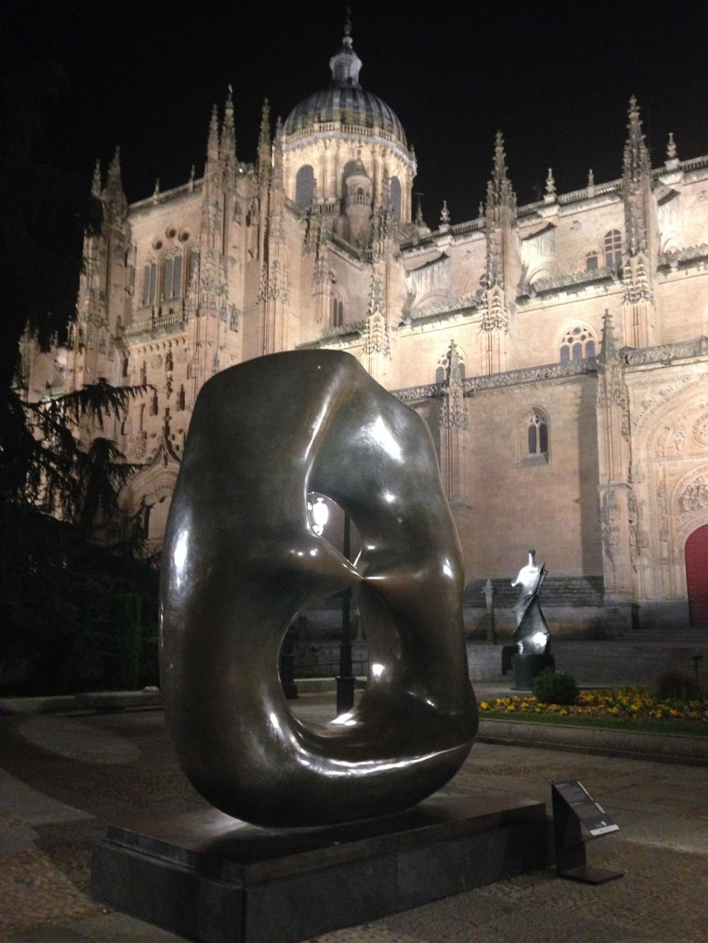 salamanca-night-henry-moore
